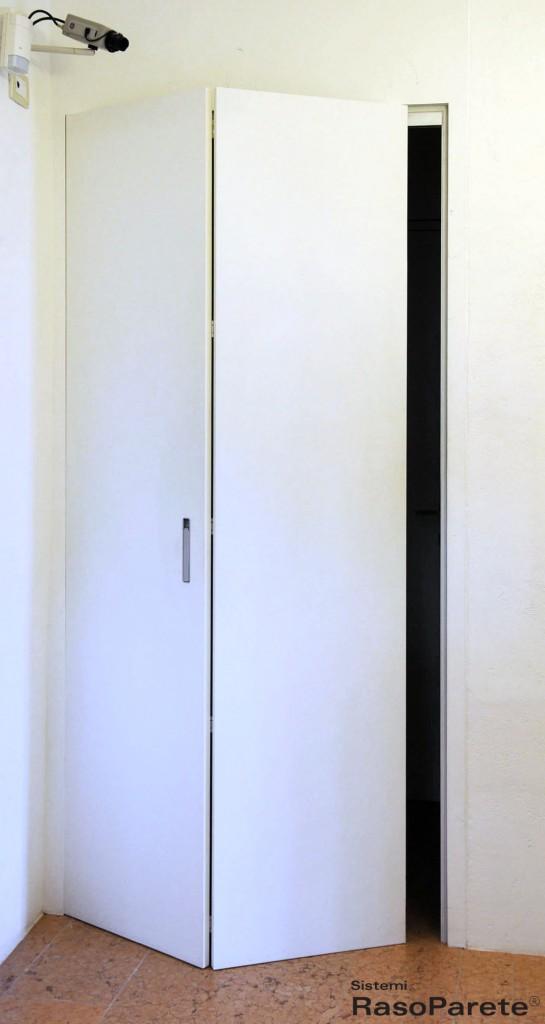 Sistemi Raso Parete E Le Porte A Scomparsa Oltre Le Porte