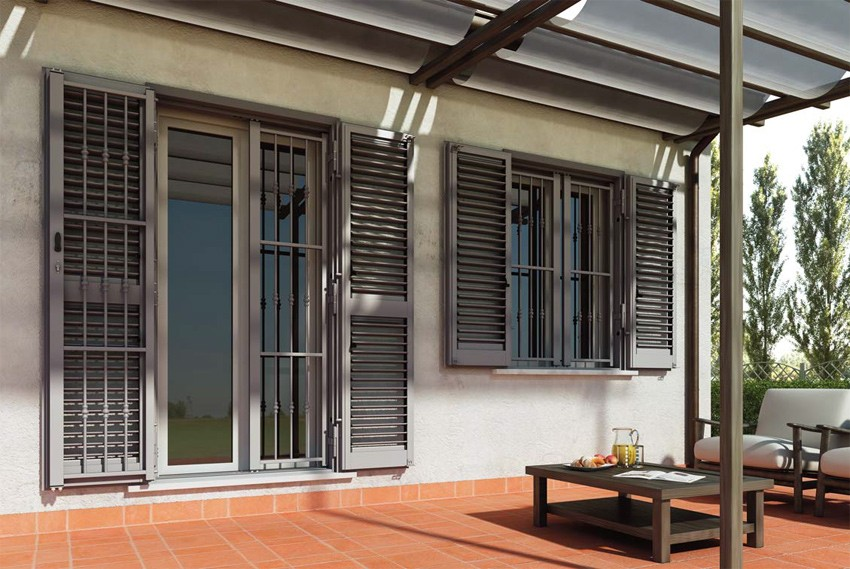 Piquadro grate di sicurezza per la tua casa oltre le porte - Grate per finestre villa ...
